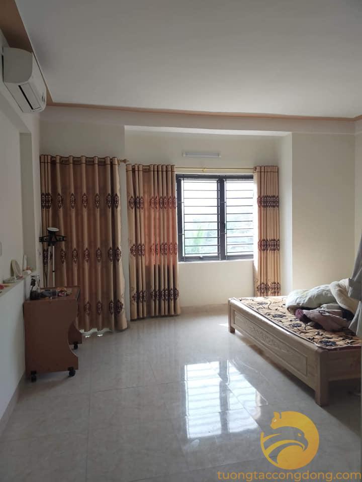 Bán nhà 4 tầng và 3 phòng trọ, tổng 140m2 gần chợ Pom Hán, Lào Cai