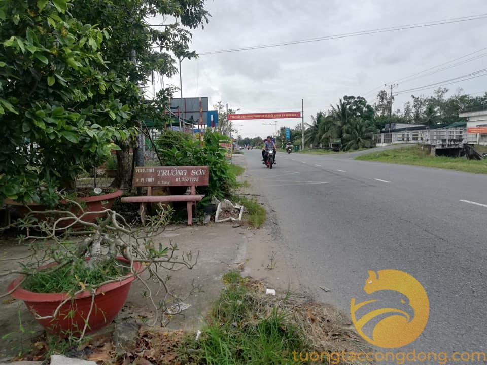 Bán nền mặt tiền bên kia kênh tại QL 61 xã Vị Thắng