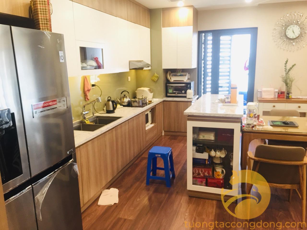 Bán căn hộ Imperia Garden tầng 15 đủ nội thất, 4 phòng ngủ